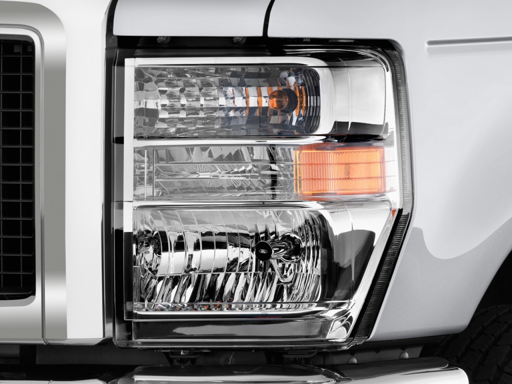 Service Manual Change Headlight 2012 Ford E250 2001 Ford E 150 How To Change The Headlight