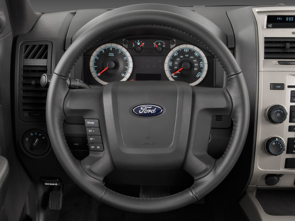Image: 2009 Ford Escape 4WD 4-door I4 Auto XLT Steering Wheel, size: 1024 x 768, type: gif ...