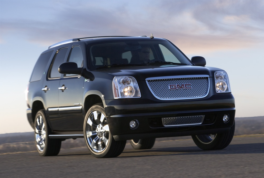 2009 gmc yukon denali hybrid unveiled. Black Bedroom Furniture Sets. Home Design Ideas