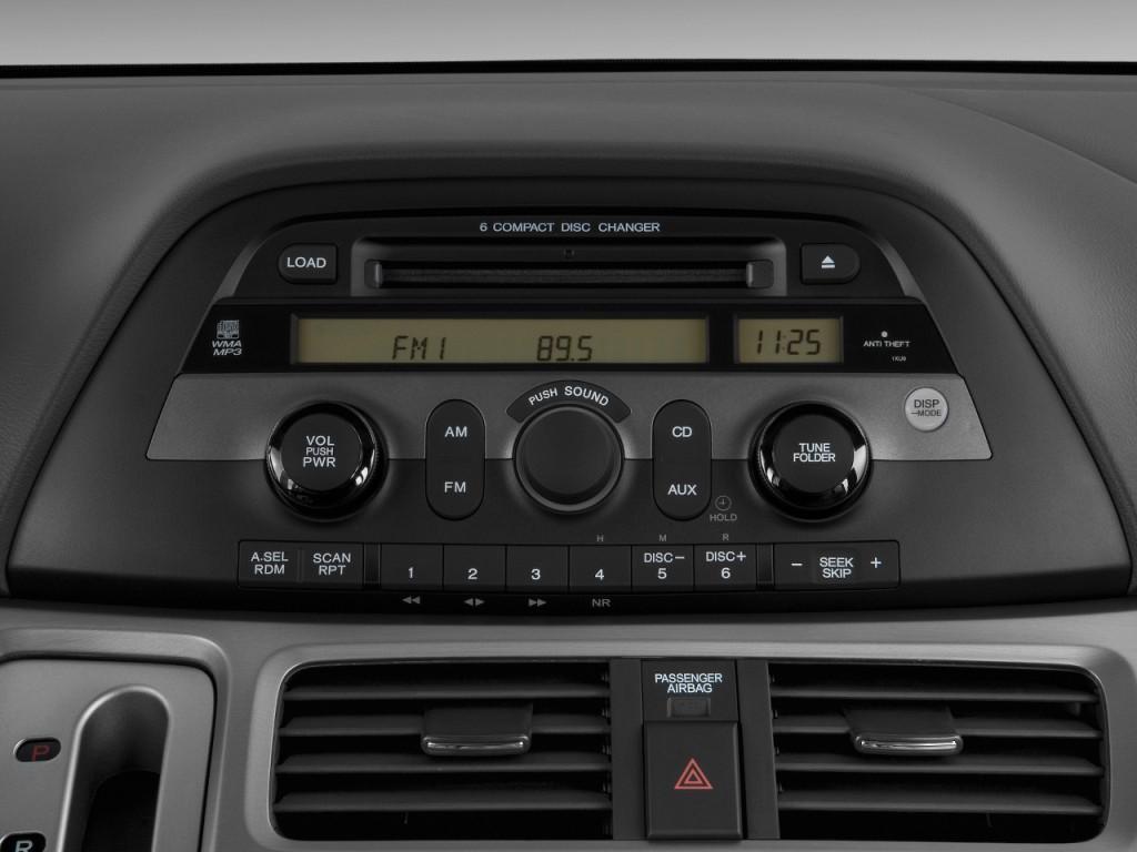 Image: 2009 Honda Odyssey 4-door Wagon EX Audio System ...
