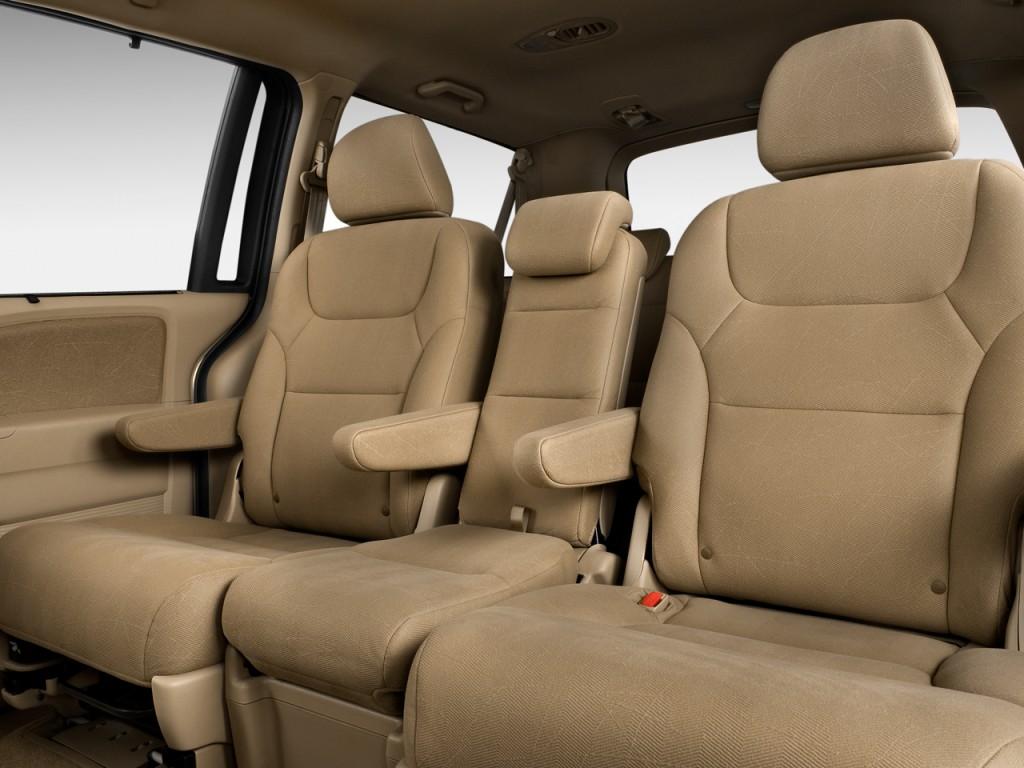 Image 2009 honda odyssey 4 door wagon ex rear seats size for Honda odyssey seating