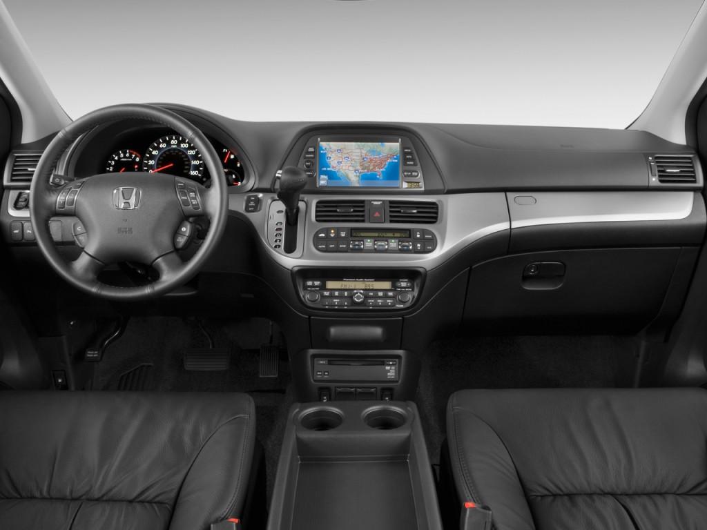 Image 2009 Honda Odyssey 4 Door Wagon Touring Dashboard