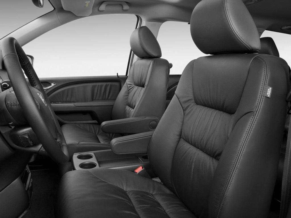 image 2009 honda odyssey 4 door wagon touring front seats size 1024 x 768 type gif posted. Black Bedroom Furniture Sets. Home Design Ideas