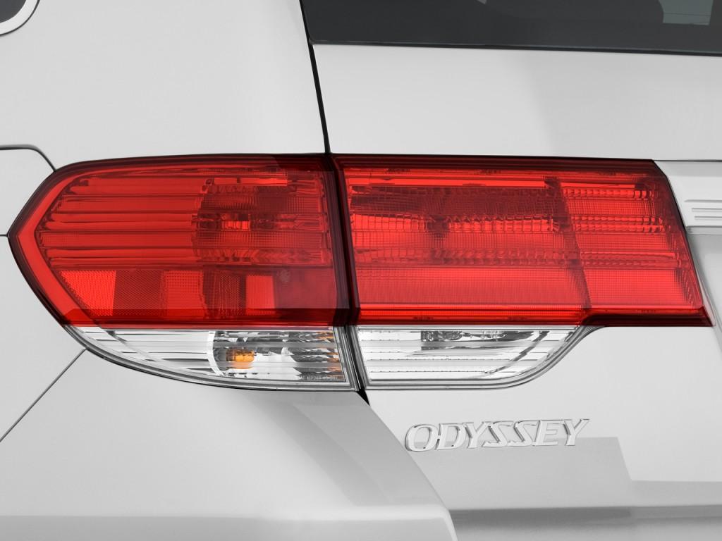 Image 2009 Honda Odyssey 4 Door Wagon Touring Tail Light