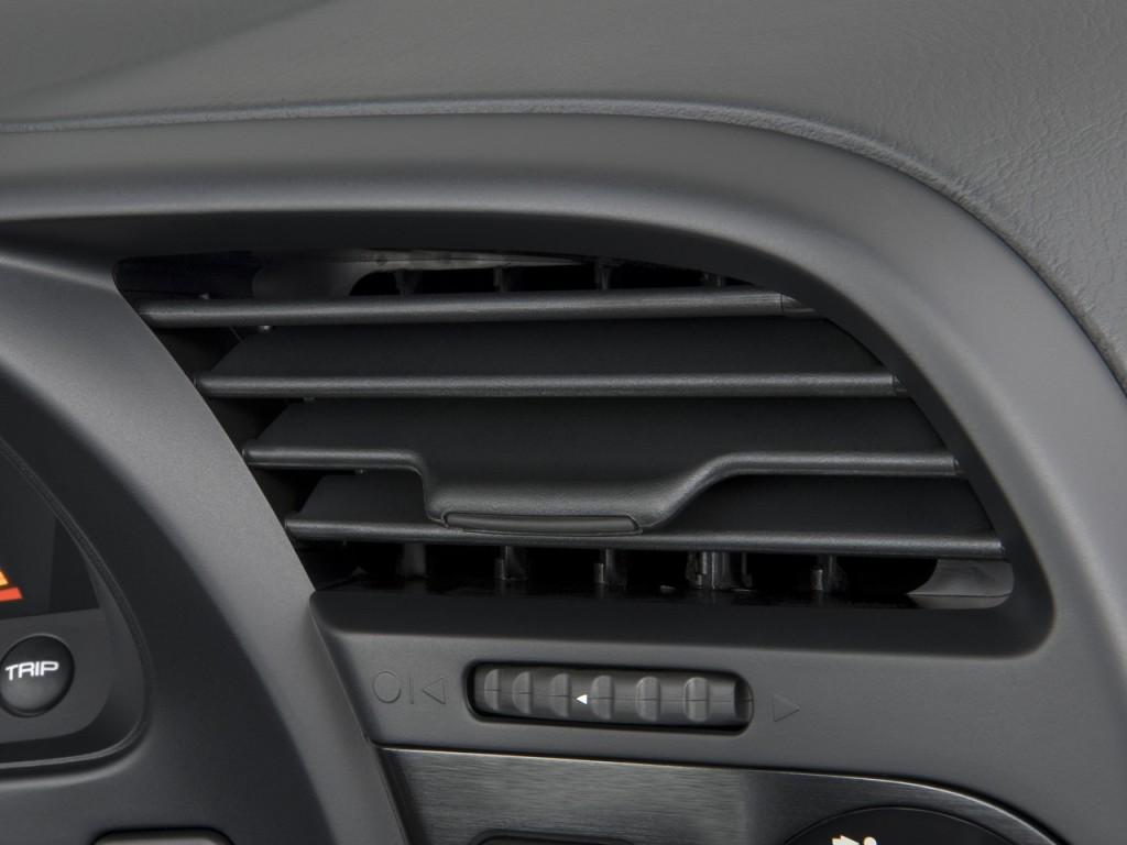2009 Honda S2000 2-door Convertible CR w/Air Conditioning Air Vents