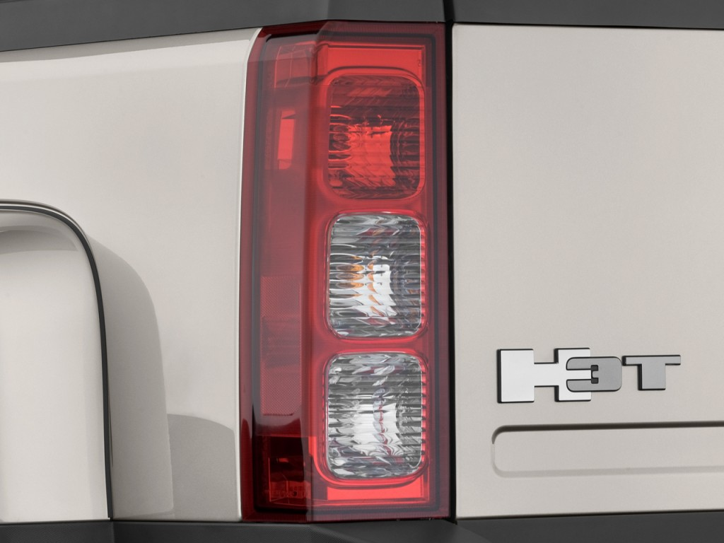 Image 2009 Hummer H3 4wd 4 Door H3t Luxury Tail Light