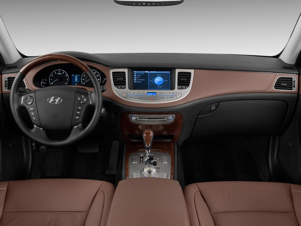 image 2009 hyundai genesis 4 door sedan 4 6l v8 dashboard. Black Bedroom Furniture Sets. Home Design Ideas