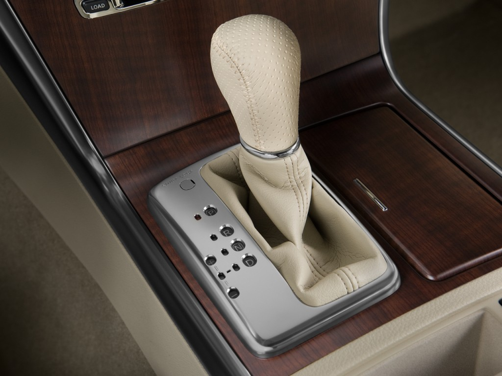 Image: 2009 Infiniti M35 4-door Sedan RWD Gear Shift, size ...