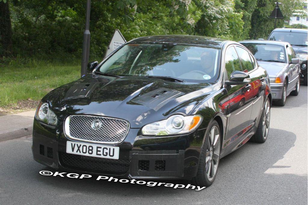 2009 Jaguar XF-R
