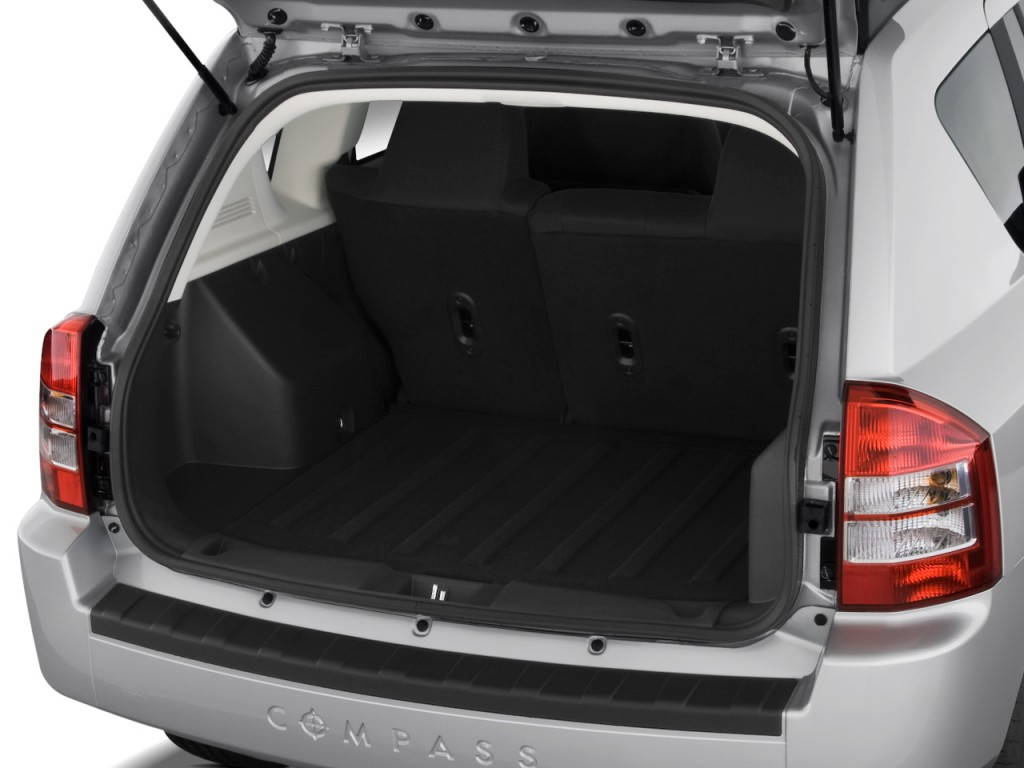 image 2009 jeep compass fwd 4 door sport trunk size. Black Bedroom Furniture Sets. Home Design Ideas