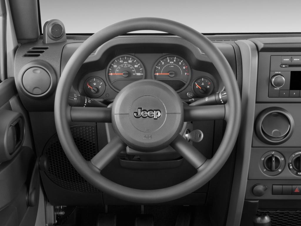 Image 2009 Jeep Wrangler 4wd 2 Door X Steering Wheel
