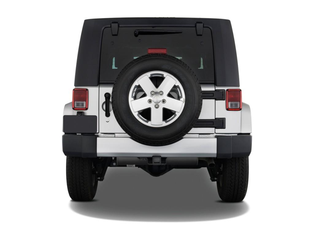 Image 2009 Jeep Wrangler Unlimited Rwd 4 Door Sahara Rear Exterior View Size 1024 X 768 Type
