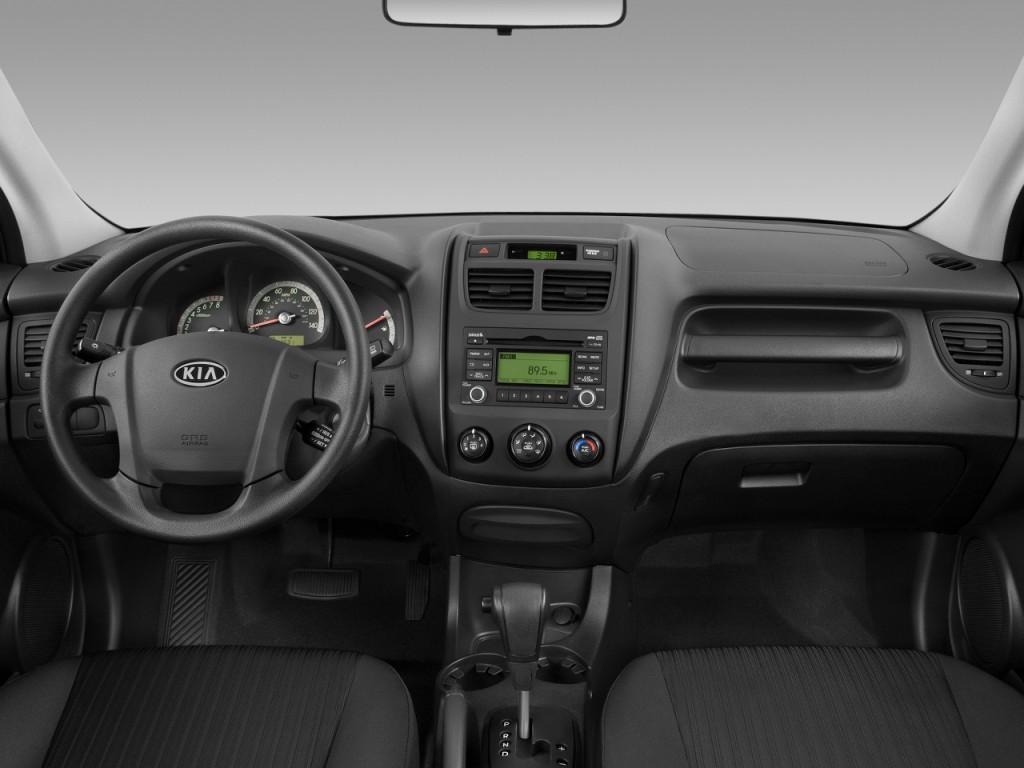 image 2009 kia sportage 2wd 4 door i4 auto lx dashboard. Black Bedroom Furniture Sets. Home Design Ideas