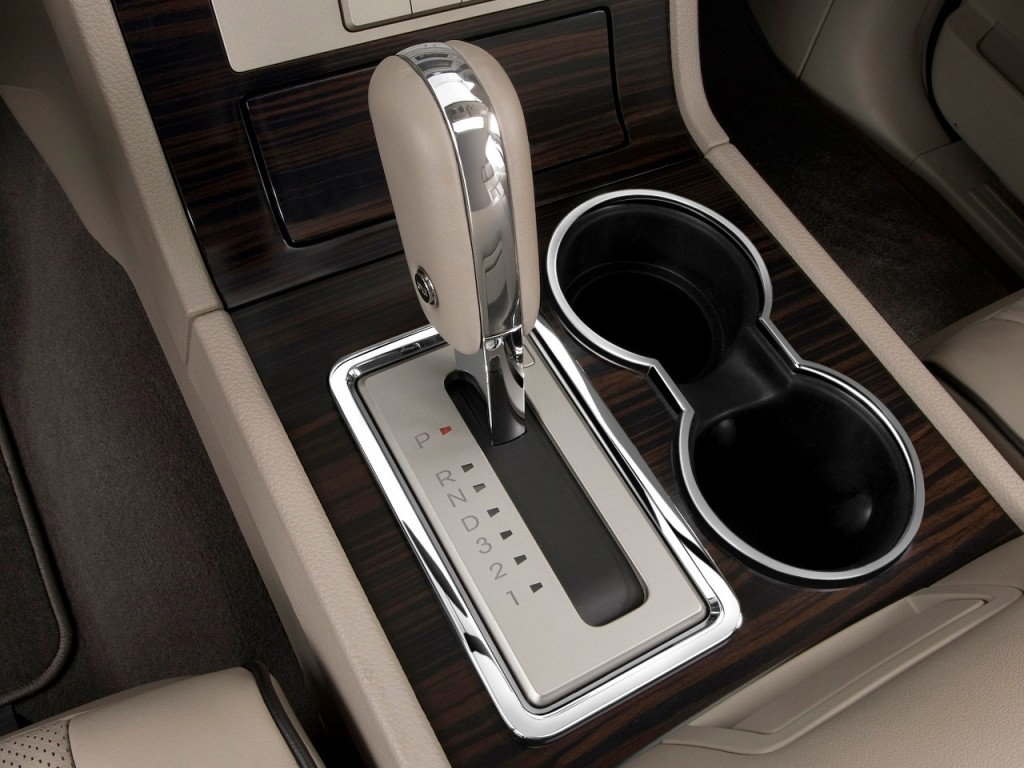 Image: 2009 Lincoln Navigator L 4WD 4-door Gear Shift ...