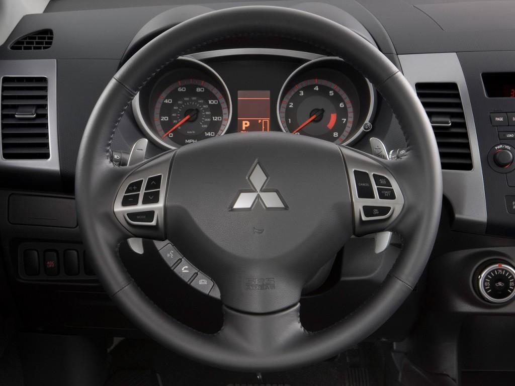 image 2009 mitsubishi outlander 2wd 4 door se steering. Black Bedroom Furniture Sets. Home Design Ideas