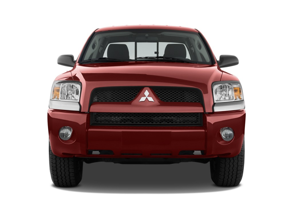 2009 Mitsubishi Raider 2WD Double Cab Auto LS Front Exterior View