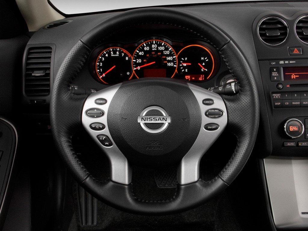 Amazing Nissan Altima Door Coupe V Cvt Se Steering Wheel With Nissan Altima  Coupe Interior