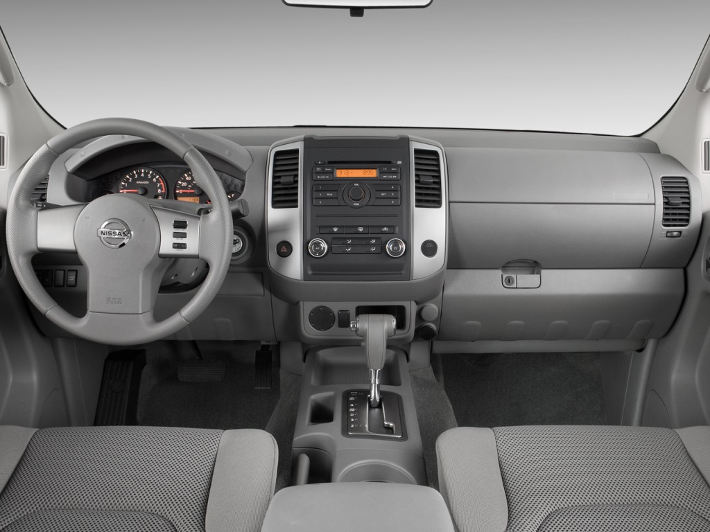 image 2009 nissan frontier 2wd crew cab swb auto se dashboard size 1024 x 768 type gif. Black Bedroom Furniture Sets. Home Design Ideas