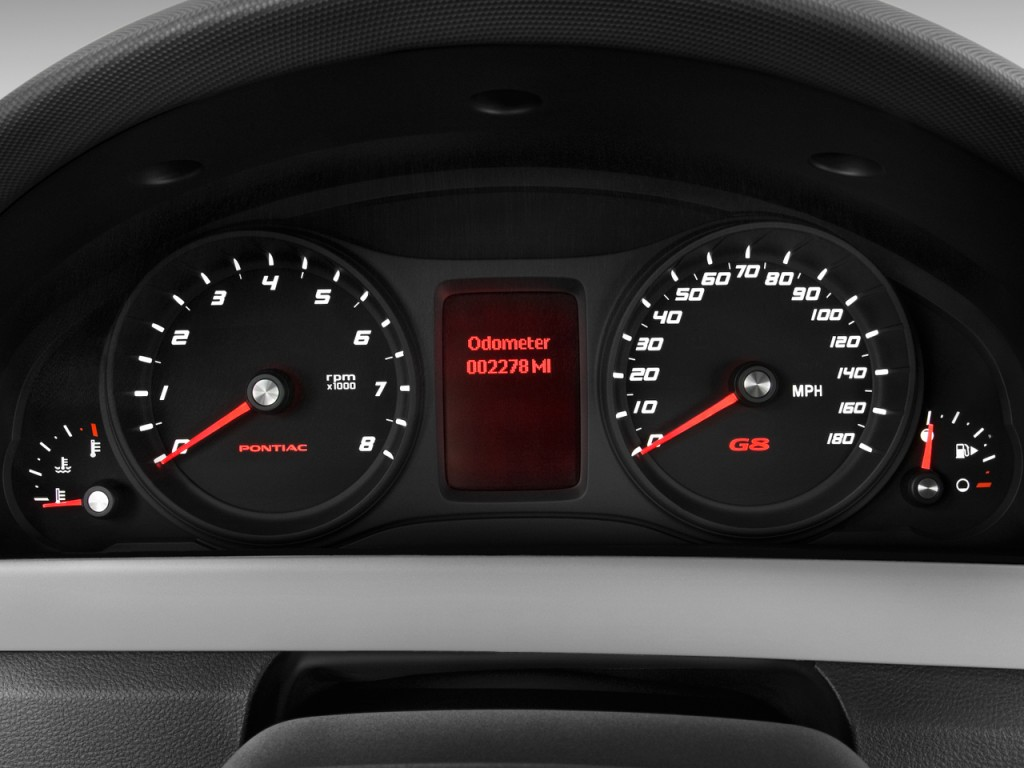 Image: 2009 Pontiac G8 4-door Sedan GT Instrument Cluster ...