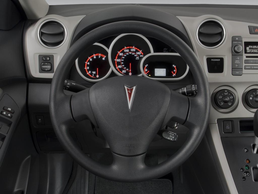 Image 2009 Pontiac Vibe 4 Door Hb Fwd W 1sa Steering