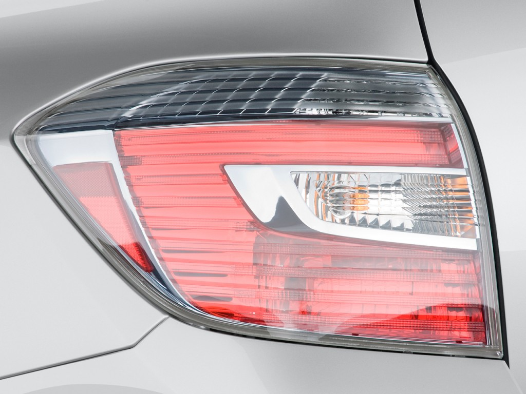 Image: 2009 Toyota Highlander Hybrid 4WD 4-door Limited w/3rd Row (Natl) Tail Light, size: 1024 ...