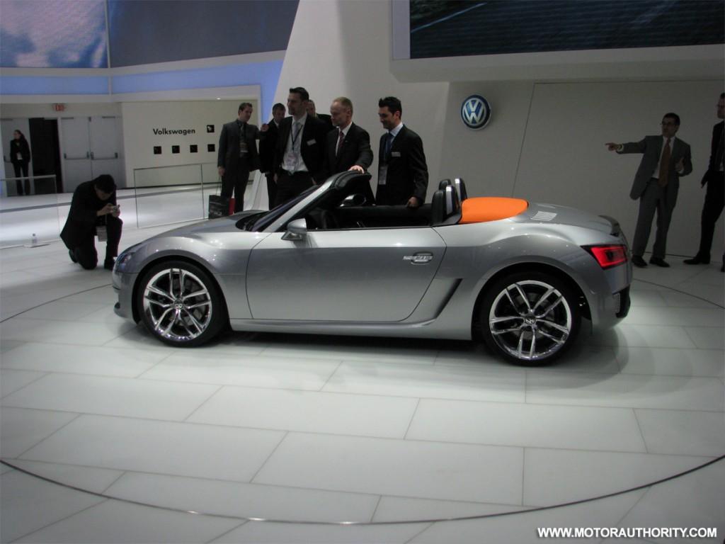 2009 volkswagen bluesport roadster concept live 04