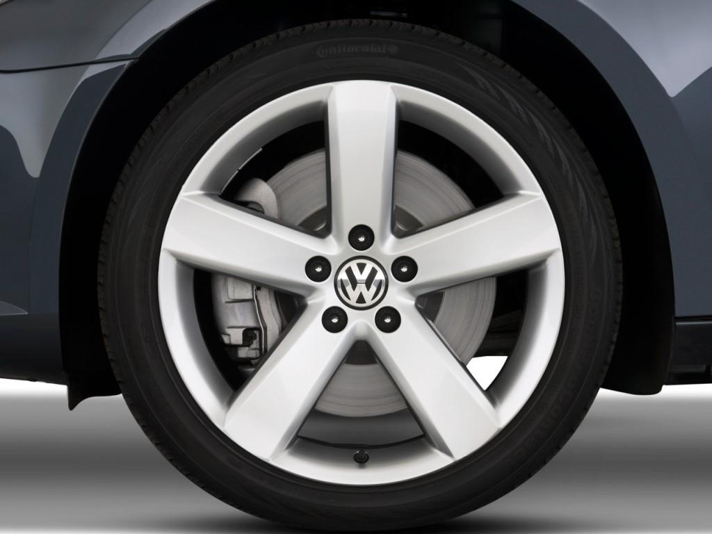 image 2009 volkswagen cc 4 door auto vr6 sport wheel cap. Black Bedroom Furniture Sets. Home Design Ideas