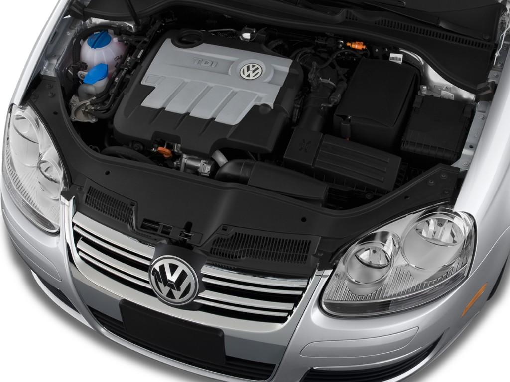 2009 Volkswagen Jetta Sedan 4-door DSG TDI Engine