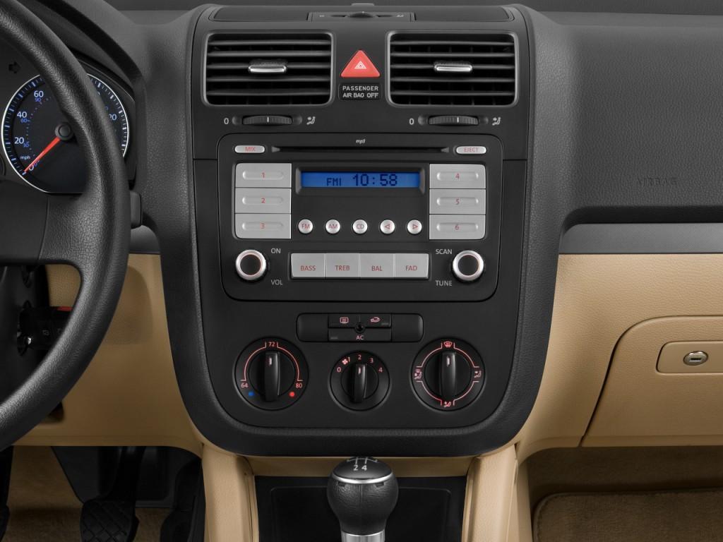 Image 2009 Volkswagen Jetta Sportwagen 4 Door Man S