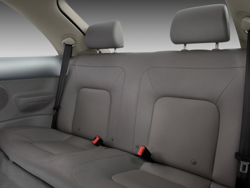 Image 2009 Volkswagen New Beetle Coupe 2 Door Man S Rear