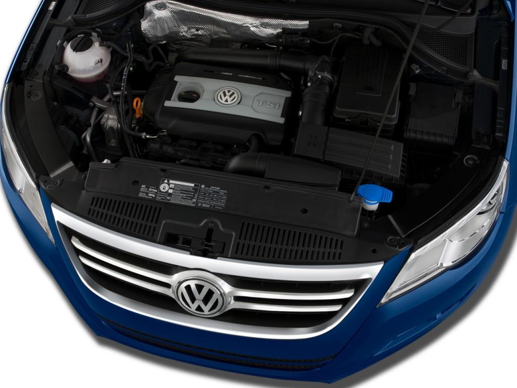 2009 Volkswagen Tiguan FWD 4-door SE Engine