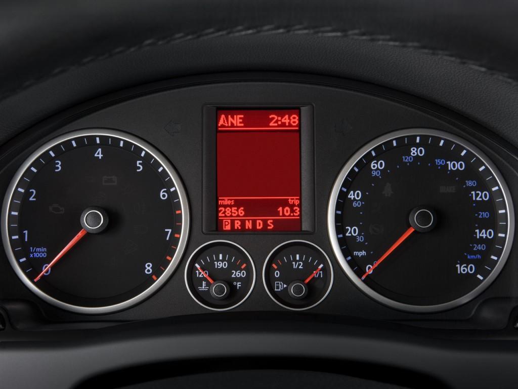 Image 2009 Volkswagen Tiguan Fwd 4 Door Se Instrument