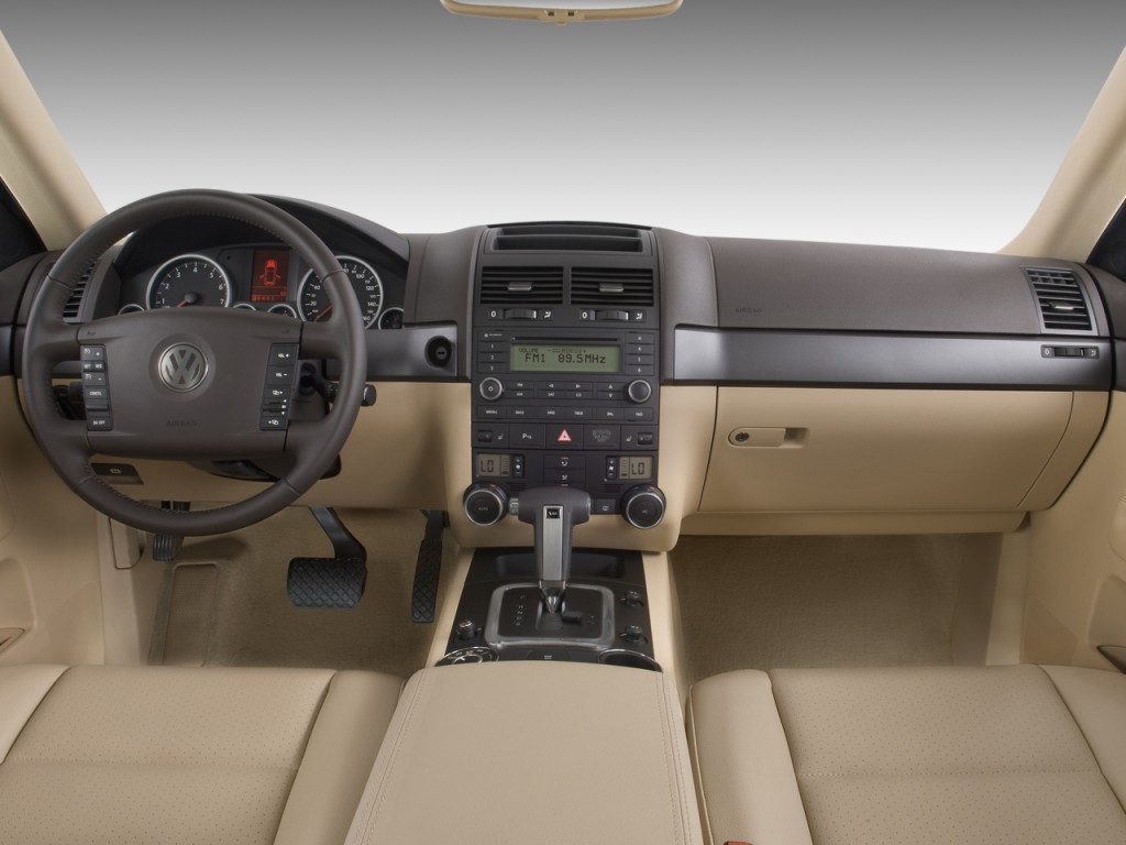 Image: 2009 Volkswagen Touareg 4-door VR6 Dashboard, size: 1024 x 768, type: gif, posted on ...