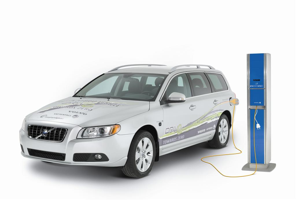 Volvo To Sell Diesel-Electric Plug-in Hybrids By 2012