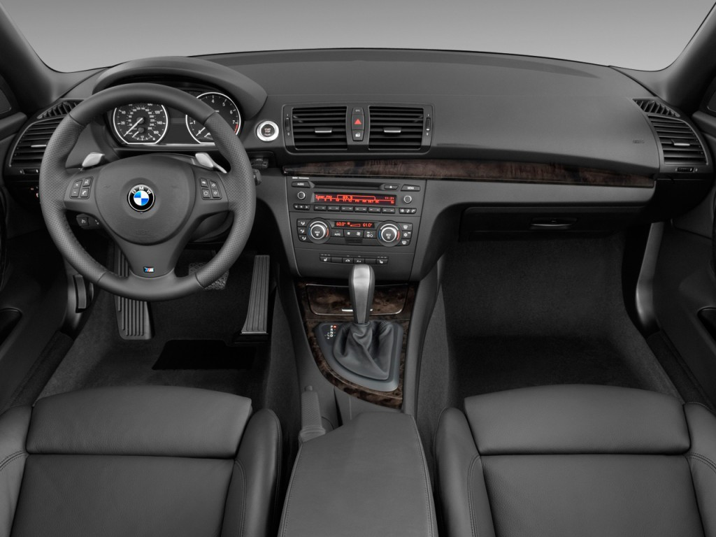 Image: 2010 BMW 1-Series 2-door Convertible 135i Dashboard, size ...