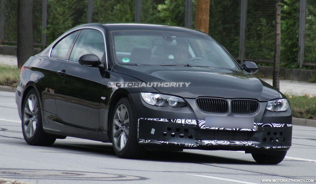 Spy Shots Facelifted BMW 3 Series Coupe