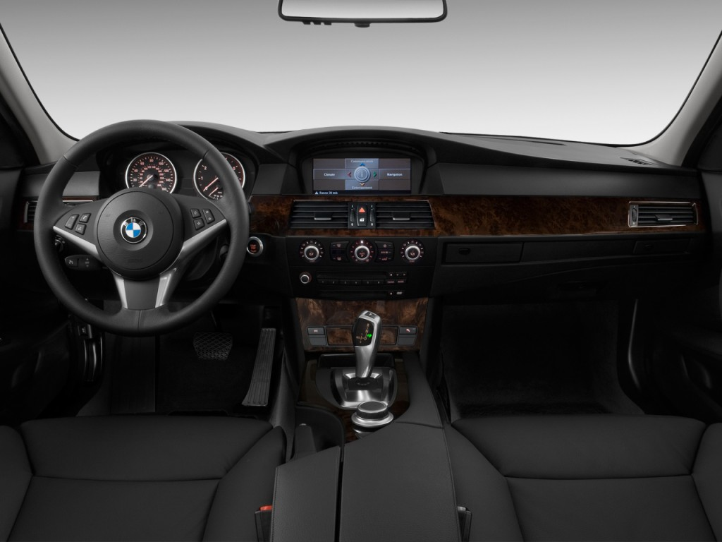 image 2010 bmw 5 series 4 door sedan 550i rwd dashboard size 1024 x 768 type gif posted on. Black Bedroom Furniture Sets. Home Design Ideas