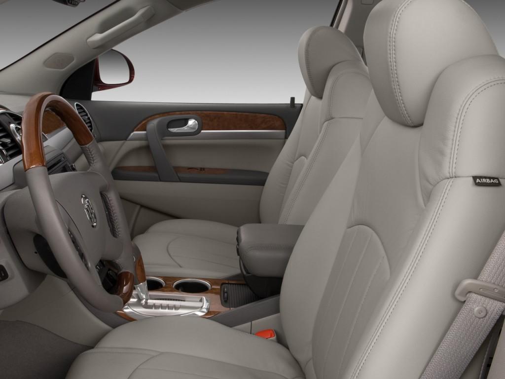 2010 Buick Enclave FWD 4-door 1XL Front Seats