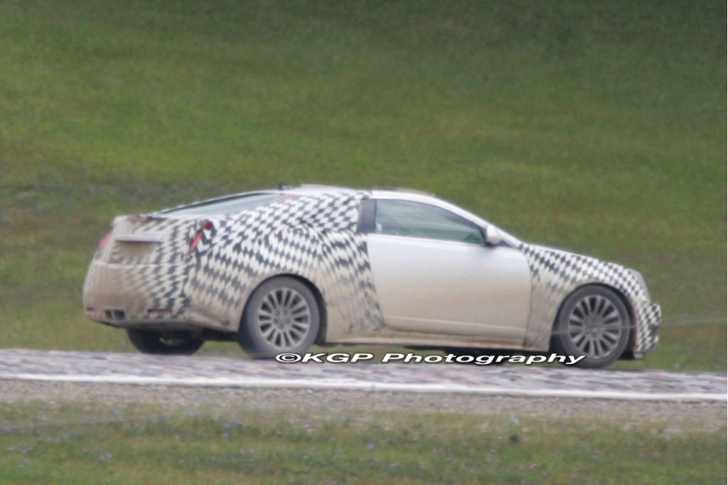 Spy Shots 2010 Cadillac Cts Coupe