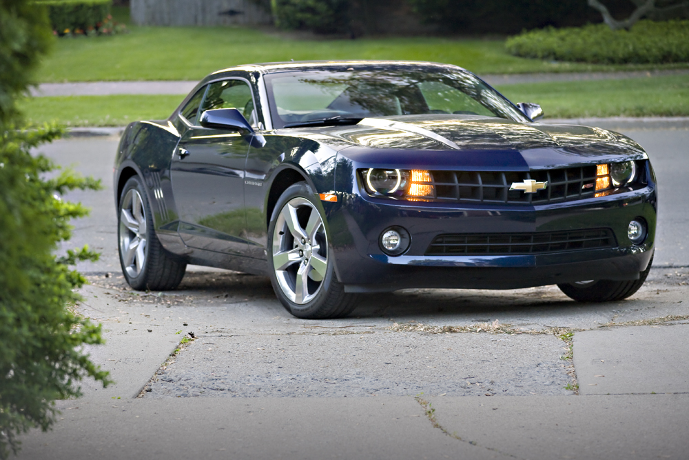 Compared: 2010 Ford Mustang V-6 Vs. 2010 Chevrolet Camaro V-6