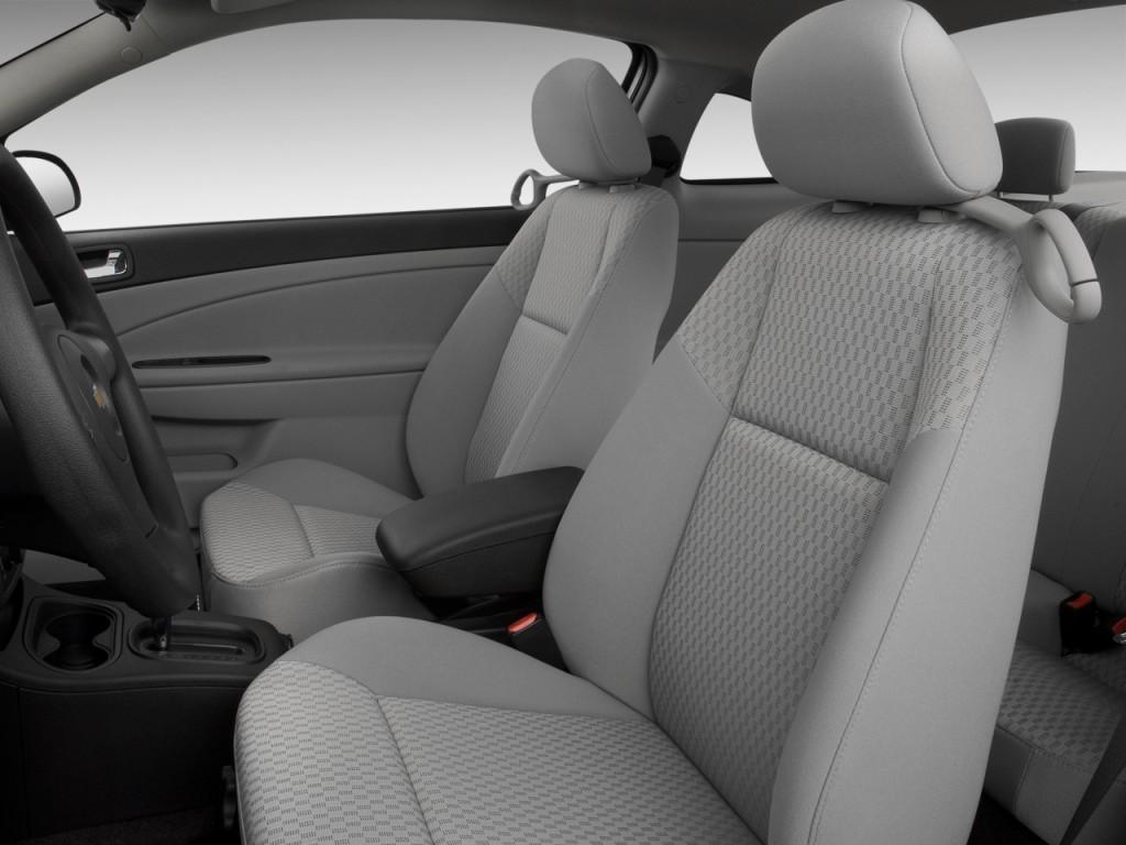 image 2010 chevrolet cobalt 2 door coupe lt w 1lt front. Black Bedroom Furniture Sets. Home Design Ideas