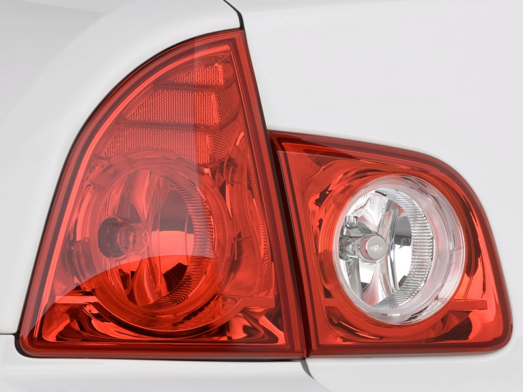 2010 chevrolet malibu 4 door sedan ls w 1ls tail light