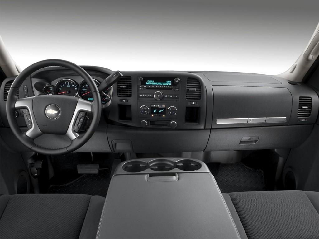 """Image: 2010 Chevrolet Silverado 1500 2WD Ext Cab 157.5"""" LT ..."""