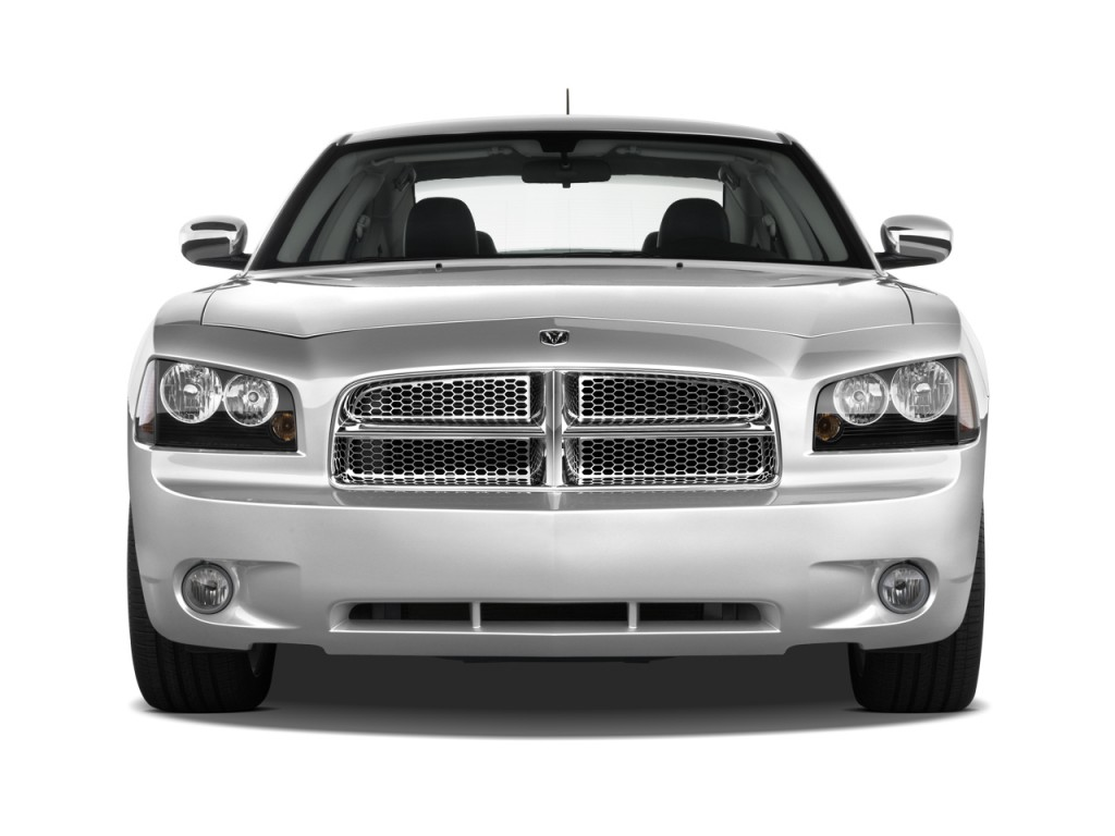 2010 Dodge Charger 4-door Sedan SXT RWD Front Exterior View