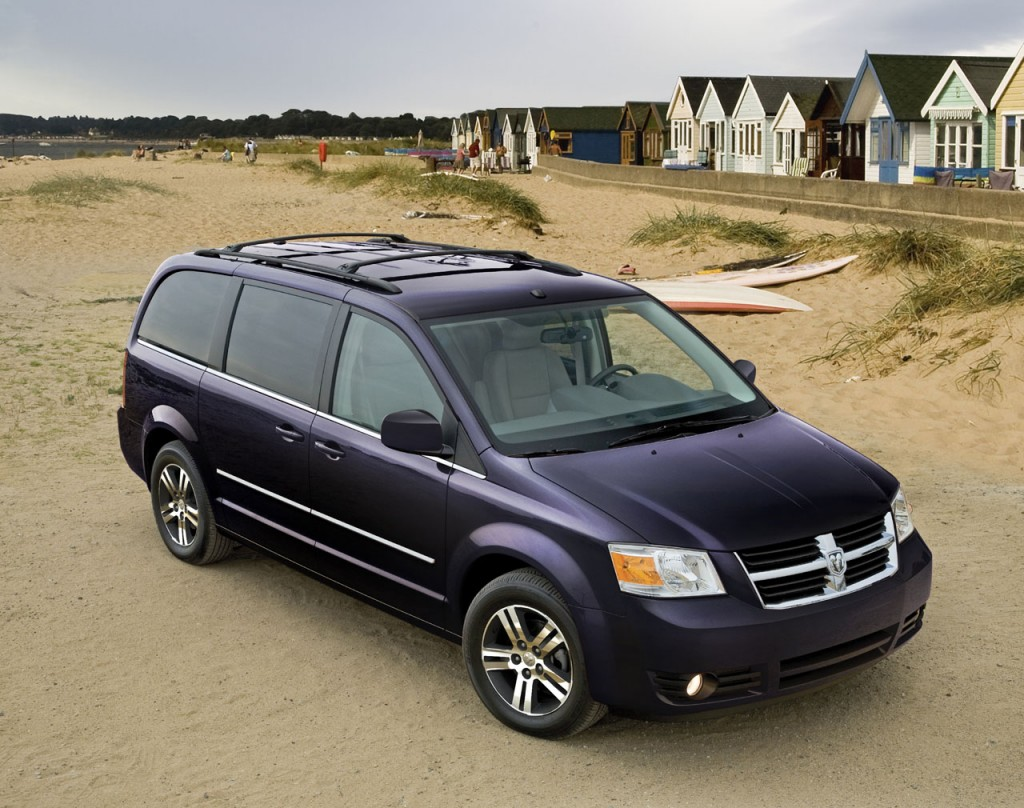Dodge, Chrysler recalling nearly 1M minivans for faulty airbag clips