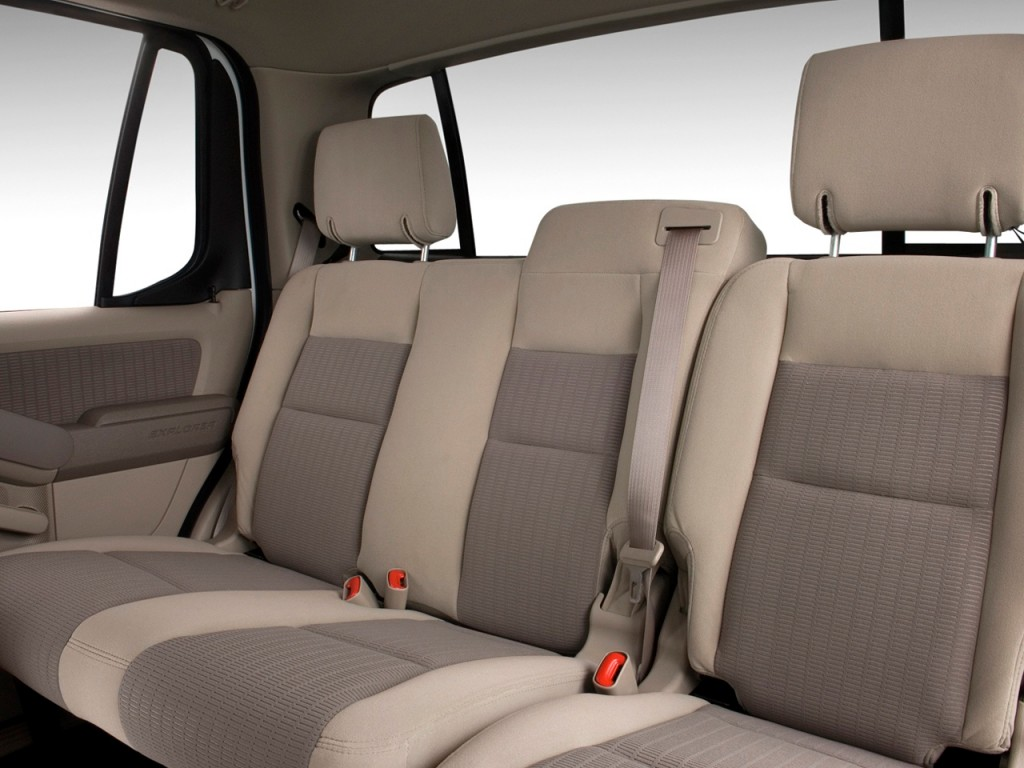 image 2010 ford explorer sport trac rwd 4 door xlt rear seats size 1024 x 768 type gif. Black Bedroom Furniture Sets. Home Design Ideas