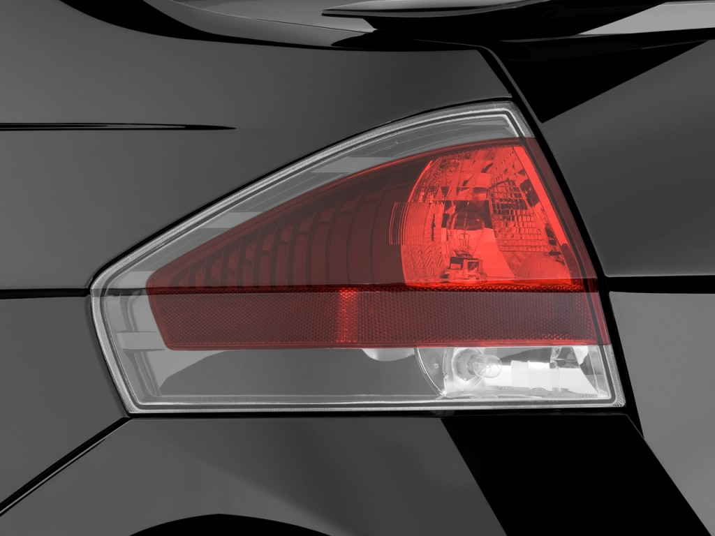 Image: 2010 Ford Focus 2-door Coupe SE Tail Light, size: 1024 x 768 ...