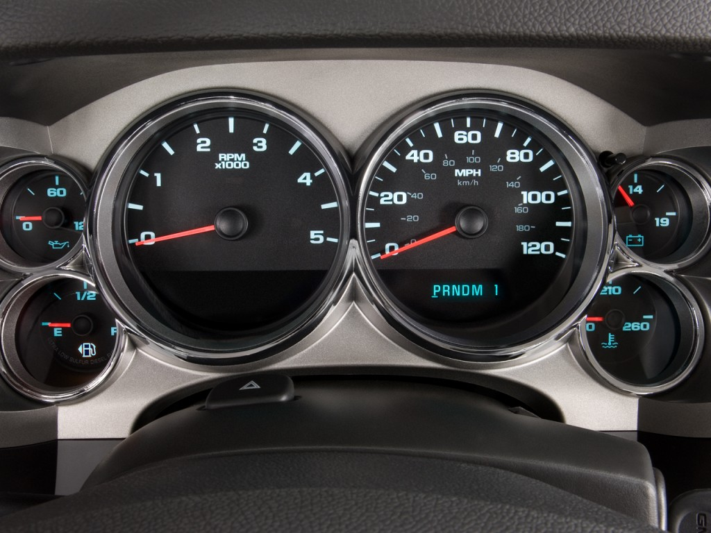 "Image: 2010 GMC Sierra 2500HD 2WD Crew Cab 153"" SLE Instrument Cluster, size: 1024 x 768, type ..."