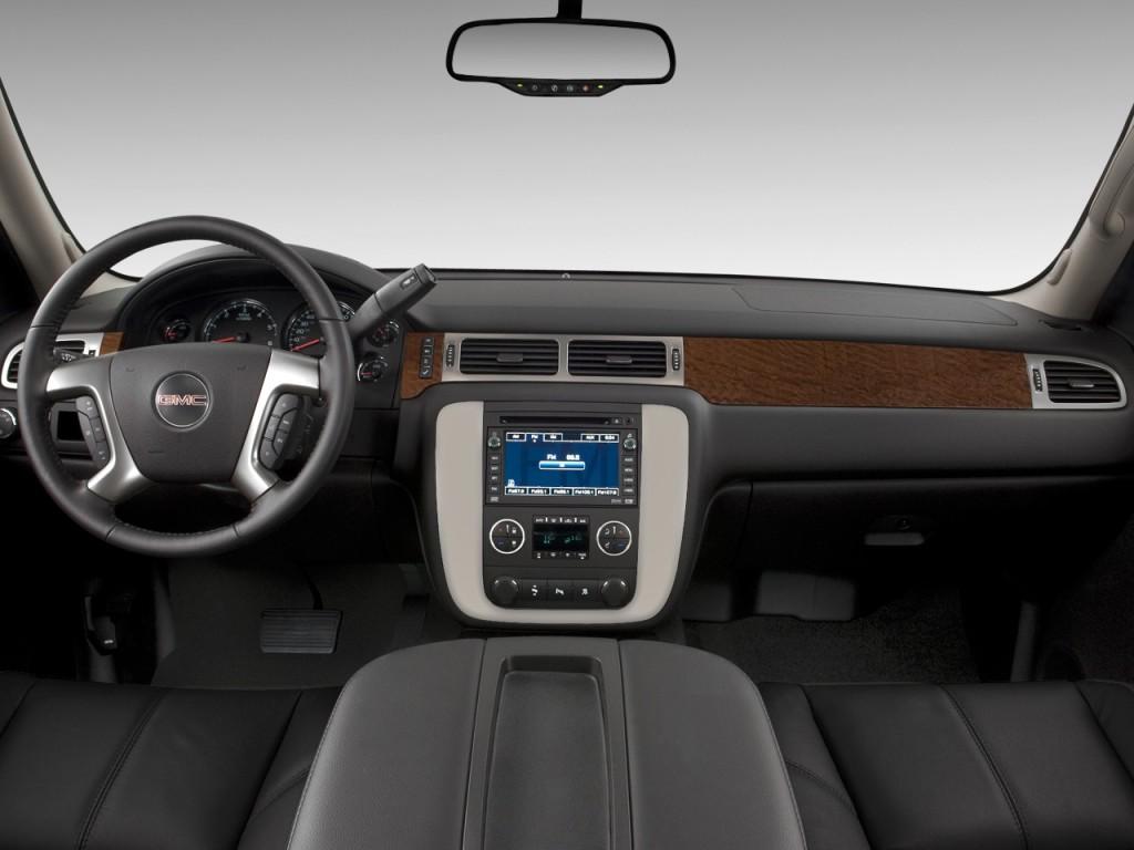 Image: 2010 GMC Yukon 2WD 4-door 1500 SLT Dashboard, size ...