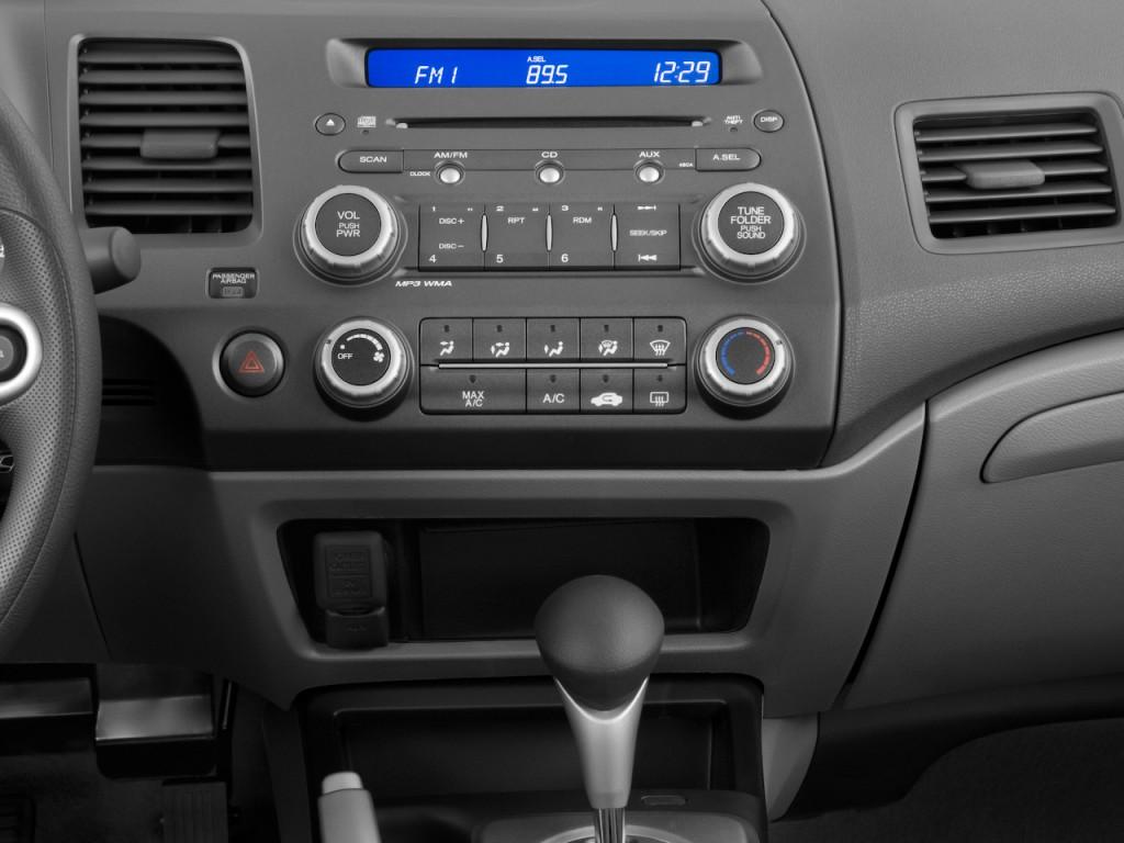 image 2010 honda civic coupe 2 door auto lx instrument panel size 1024 x 768 type gif. Black Bedroom Furniture Sets. Home Design Ideas